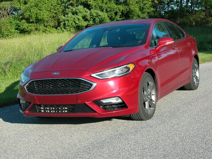 ford 39 s 2017 fusion sedan can be configured in any of six configurations automotive impressions. Black Bedroom Furniture Sets. Home Design Ideas