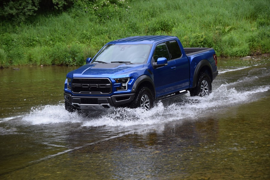 Designed For Rugged Off Road Baja Desert Racing Sand Dune Jumping And Hard Core Off Roading The Ultra Rugged 2017 Ford Raptor Is Not Your Ordinary F 150