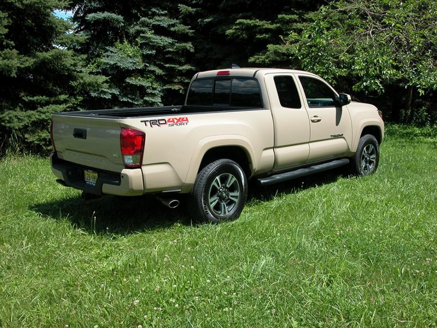 Tacoma17-rear