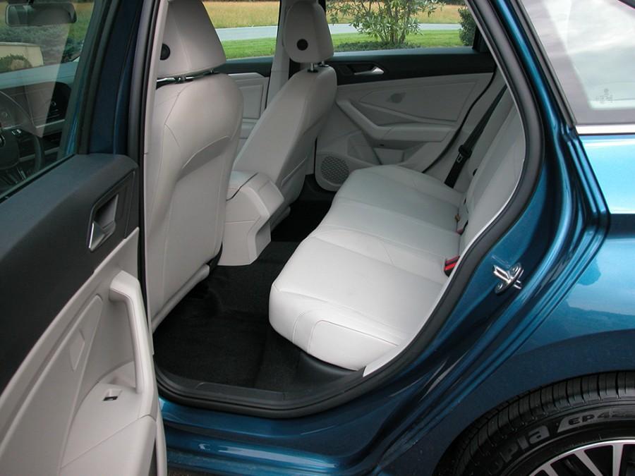 JettaSE19-R.Seats