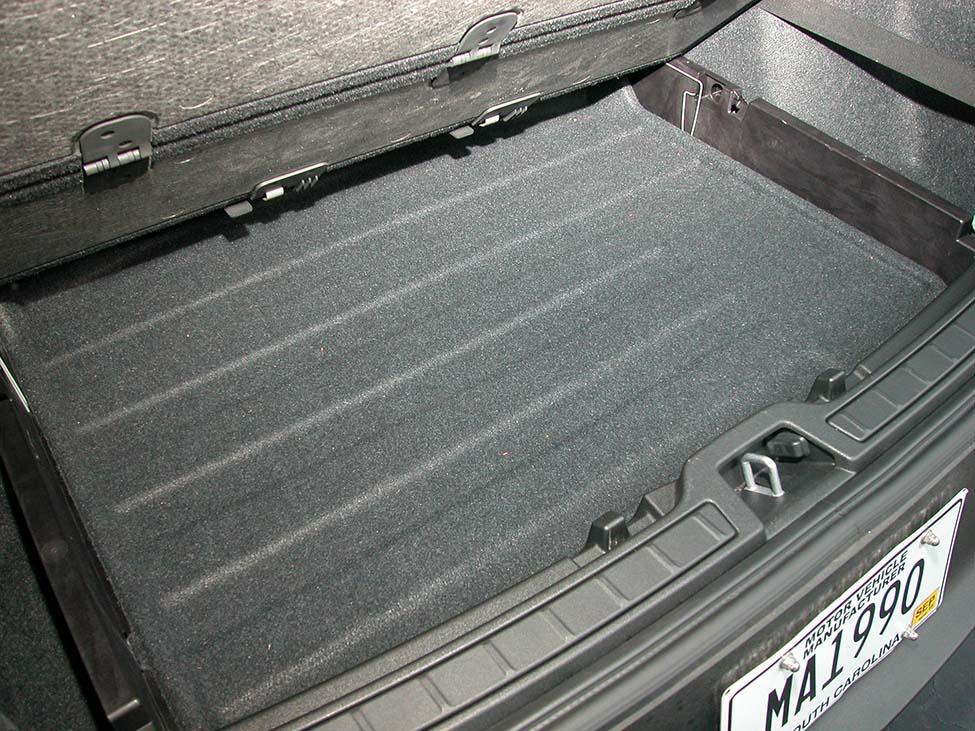 XC40-19-underfloor