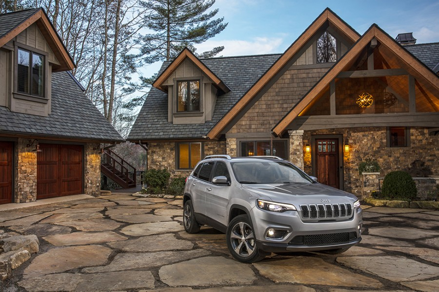 Jeep's 2019 Cherokee SUV underwent a refresh and added a new turbo engine