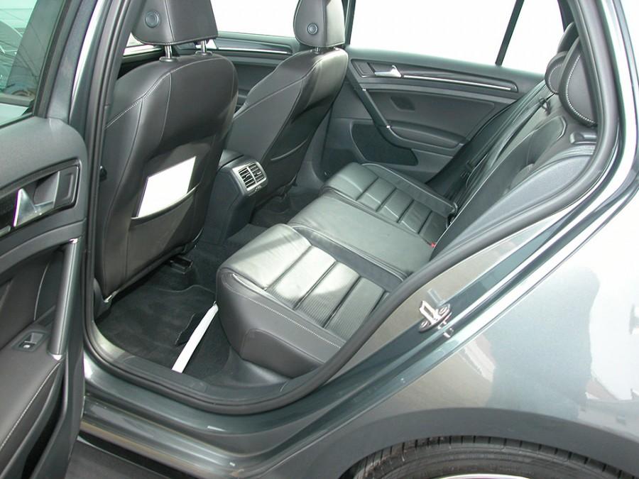 GolfR18-R.Seat