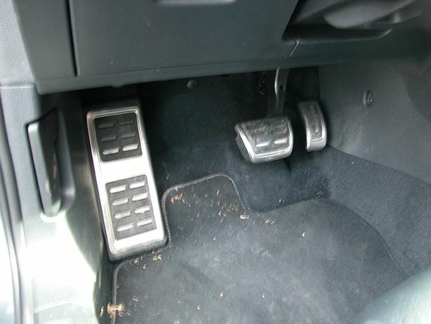 GolfR18-pedals