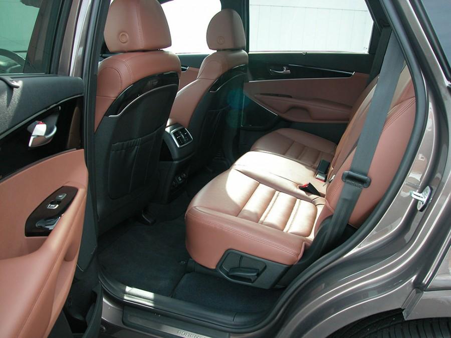 Sorento19-R.Seat