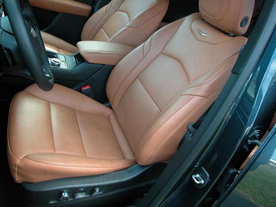 XT4-19-F.Seats