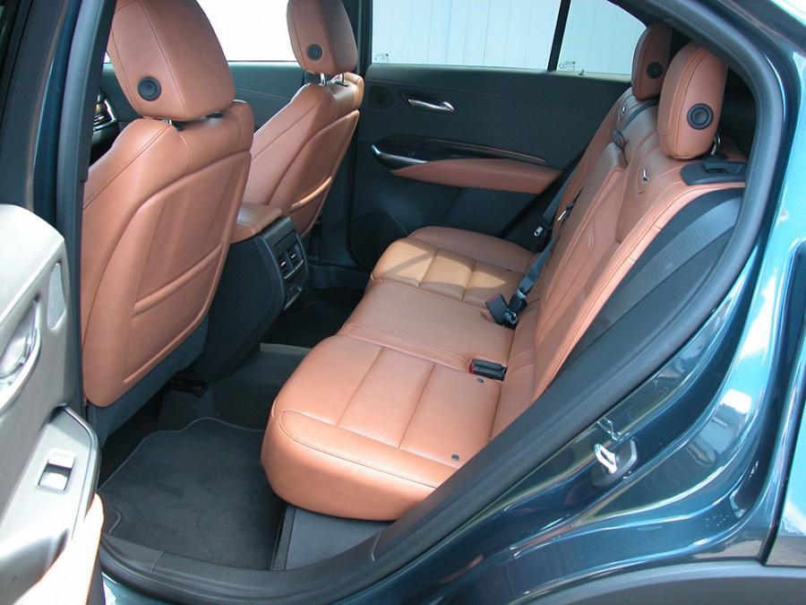 XT4-19-R.Seats