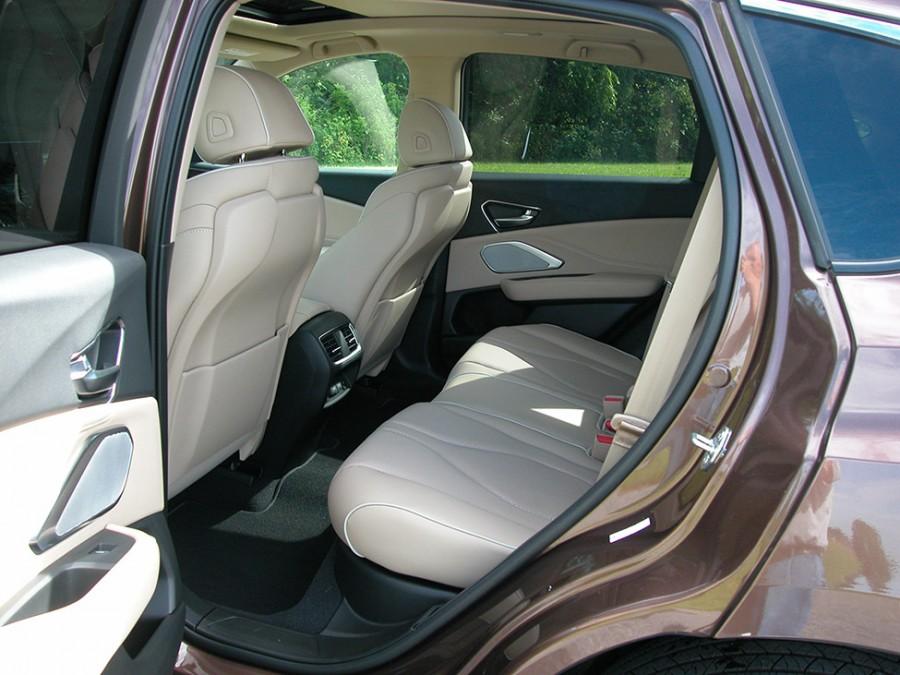 RDX19-R.seats