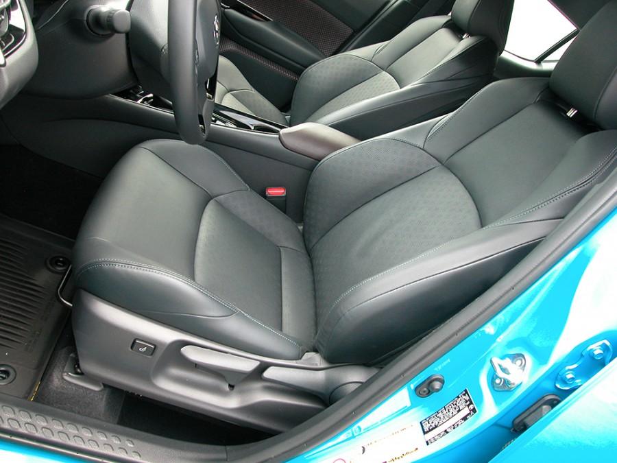 C-HR19-F.Seat