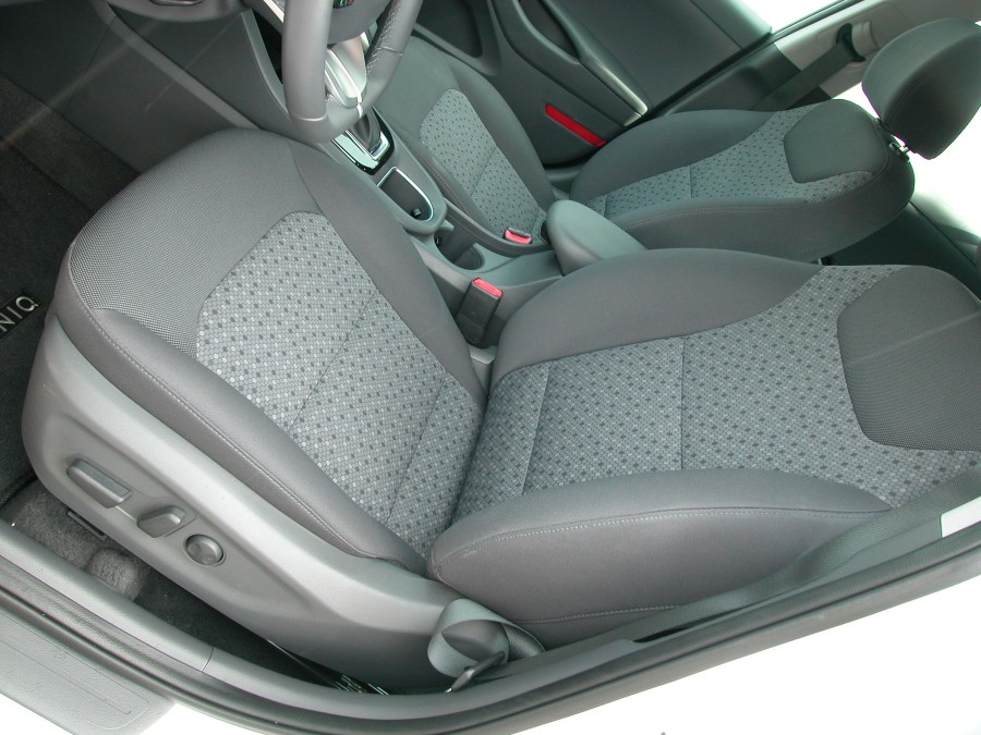 Ioniq19-F.Seats