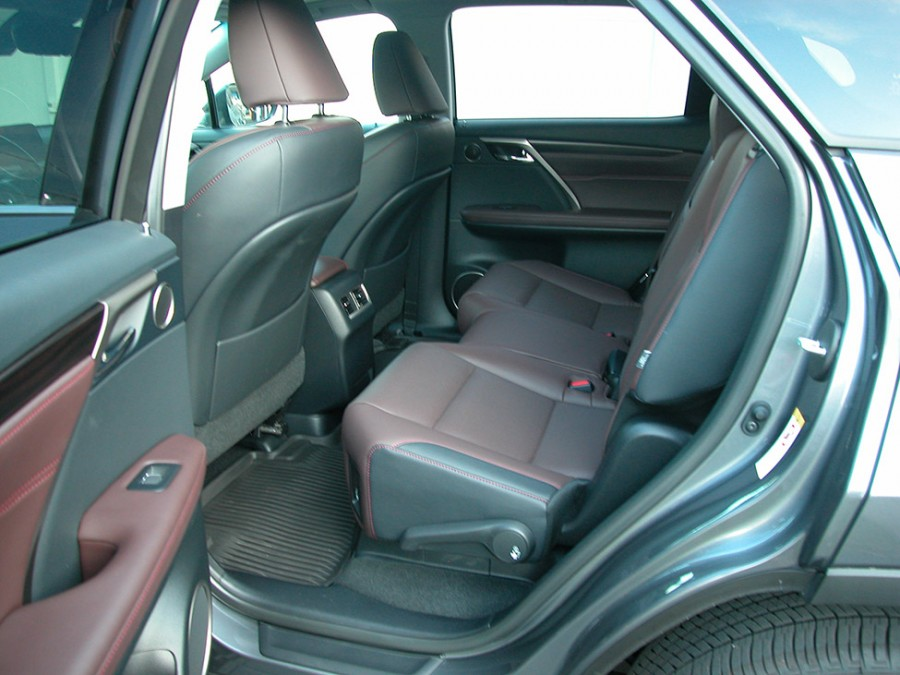 RX350L19-R.Seats