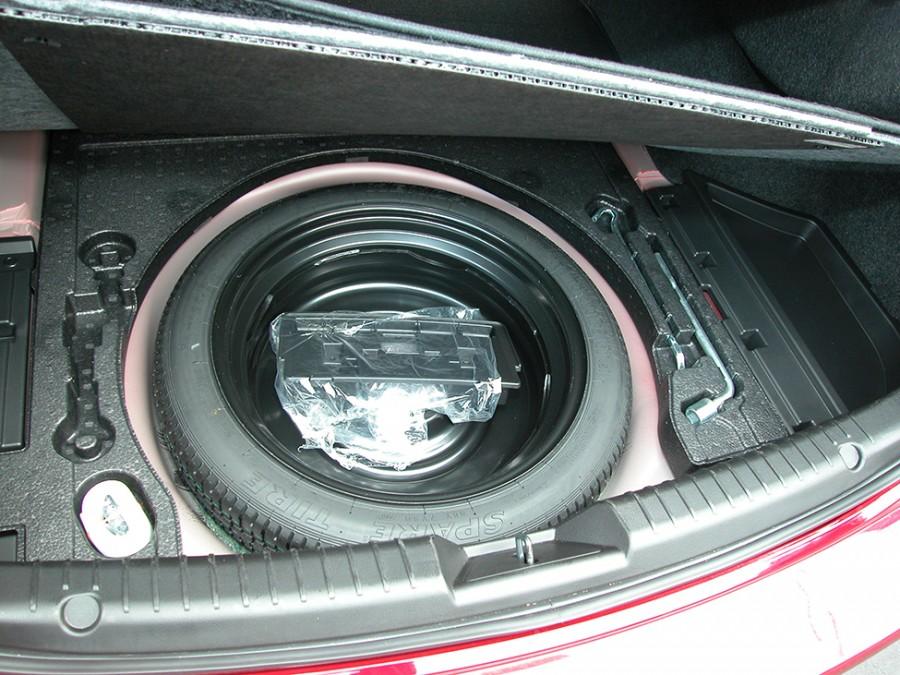 Mazda6-19-Underfloor