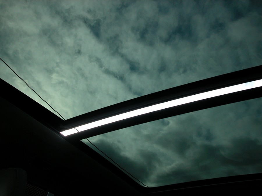 XC90e-20-Sunroof