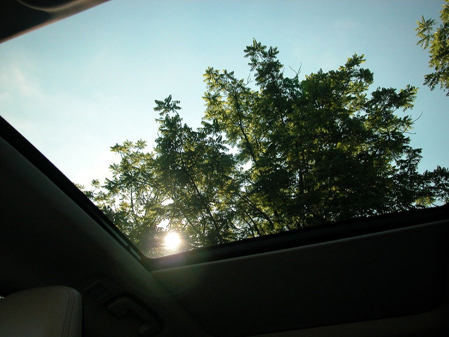EscapeH20-Sunroof