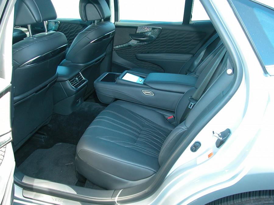 LS500-20-Rseats