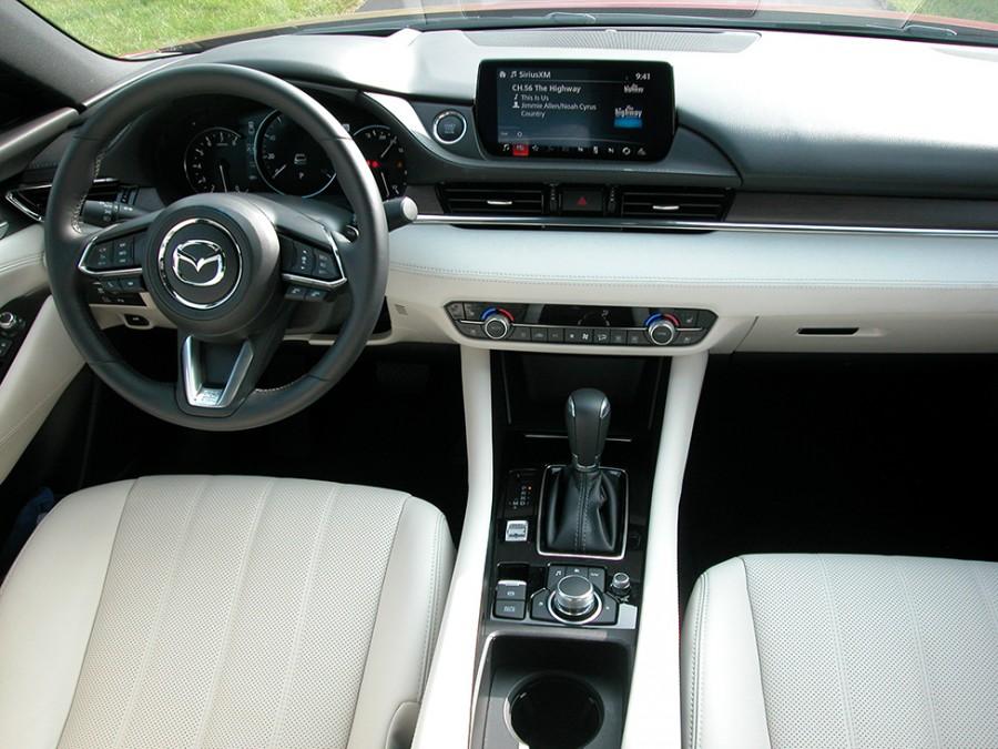 Mazda6-20-Int