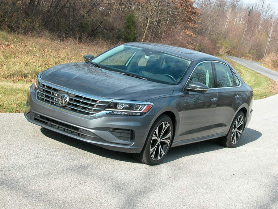VW's 2020 Passat midsize sedan is stylish, exceptionally spacious with Euro driving traits