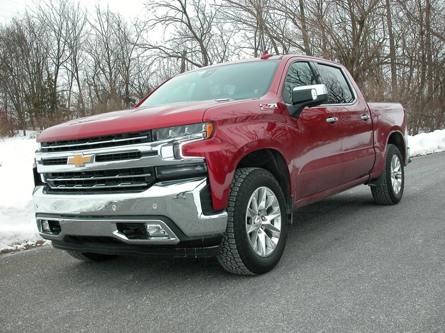 Chevrolet's 2021 Silverado 4WD Crew Cab with diesel powertrain is a potent stump puller with exceptional trailering abilities