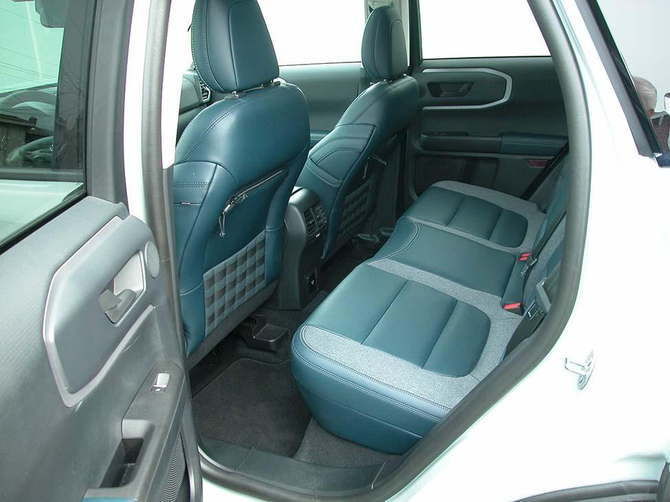 Bronco21-Rseat