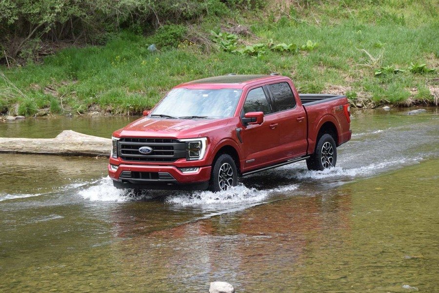 Ford's top selling F-150 for 43 years, got even better with a hybrid powertrain and novel enhancements